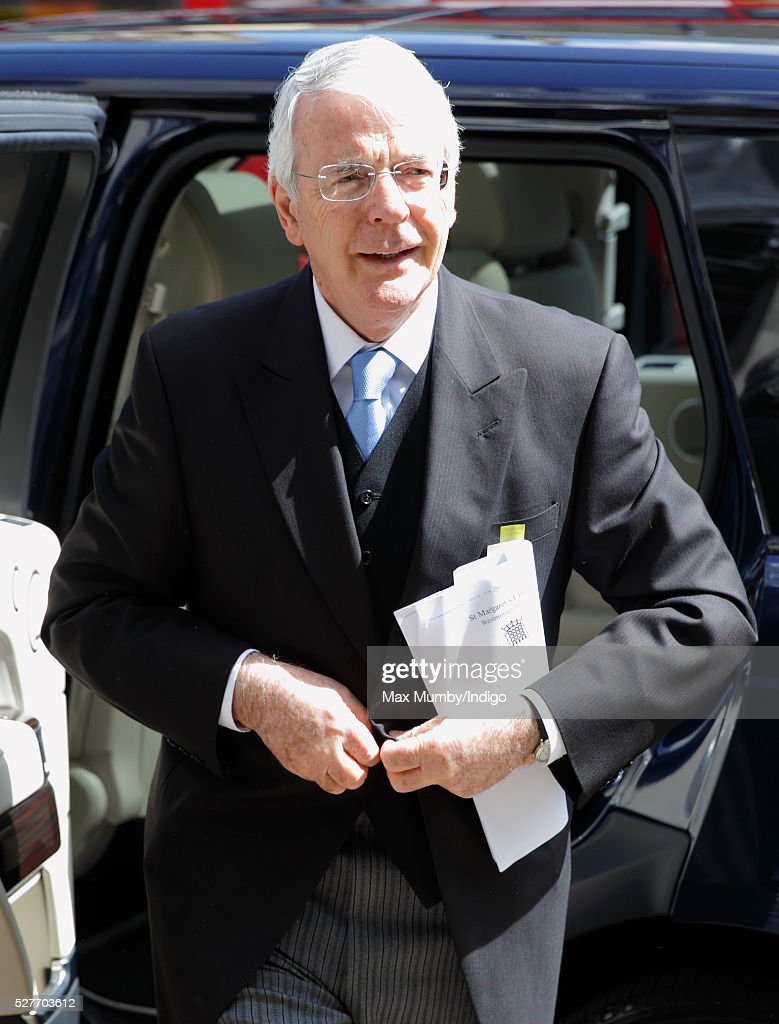 Sir <a gi-track='captionPersonalityLinkClicked' href=/galleries/search?phrase=John+Major&family=editorial&specificpeople=159410 ng-click='$event.stopPropagation()'>John Major</a> attends a Service of Thanksgiving for the life of Geoffrey Howe (Lord Howe of Aberavon) at St Margaret's Church, Westminster Abbey on May 3, 2016 in London, England. Conservative politician Geoffrey Howe who served as Chancellor of the Exchequer and Foreign Secretary during the 1980's died aged 88 on October 9, 2015.