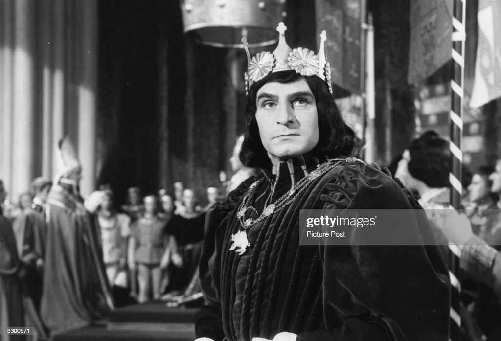 Sir Laurence Olivier (1907 - 1989) plays the title role in Shakespeare's 'Richard III', directed by himself for London Films. Original Publication: Picture Post - 7483 - Four Knights In Knights One Film - pub. 1955