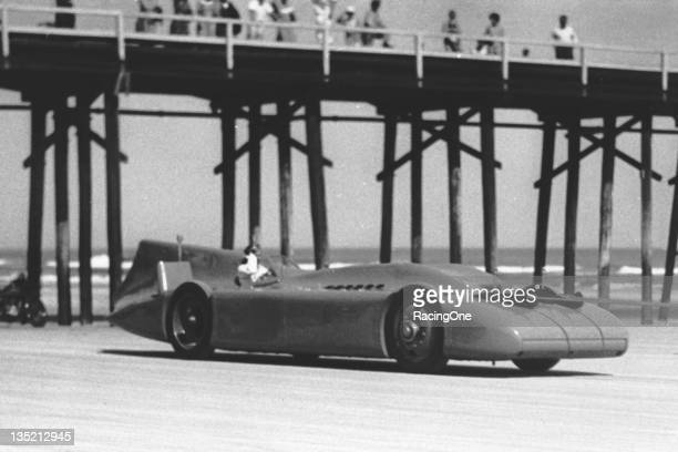 Sir Malcolm Campbell in the Bluebird V making a speed trial run on the beach His official record that year was 27682 mph yet he had also recorded an...