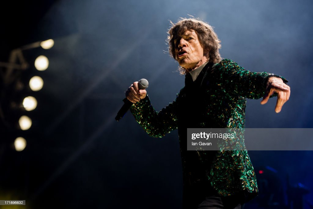 Sir <a gi-track='captionPersonalityLinkClicked' href=/galleries/search?phrase=Mick+Jagger&family=editorial&specificpeople=201786 ng-click='$event.stopPropagation()'>Mick Jagger</a> of The Rolling Stones performs on the Pyramid Stage during day 3 of the 2013 Glastonbury Festival at Worthy Farm on June 29, 2013 in Glastonbury, England.