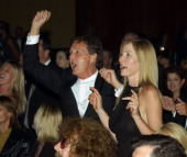 Sir Paul McCartney and Heather Mills McCartney singing and dancing to Brian Wilson's performance