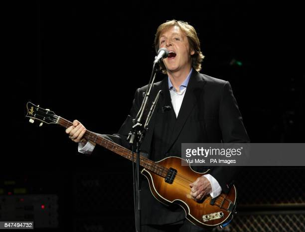 Sir Paul McCartney performs at a Teenage Cancer Trust gig at the Royal Albert Hall London PRESS ASSOCIATION Photo Picture date Thursday March 29 2012...