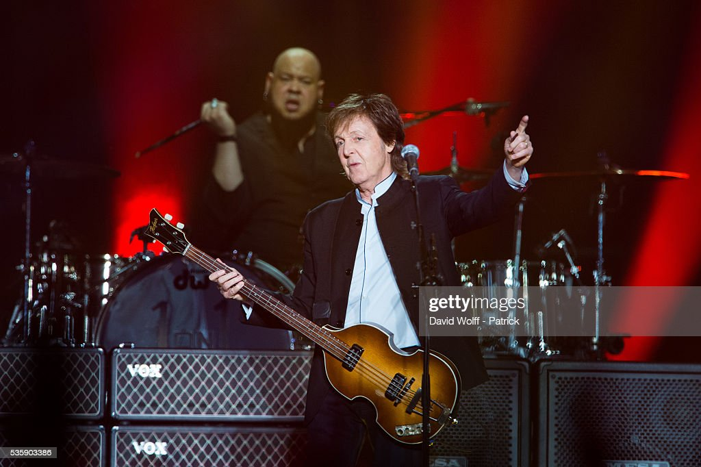 Sir <a gi-track='captionPersonalityLinkClicked' href=/galleries/search?phrase=Paul+McCartney&family=editorial&specificpeople=92298 ng-click='$event.stopPropagation()'>Paul McCartney</a> performs at AccorHotels Arena on May 30, 2016 in Paris, France.