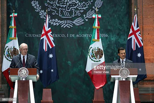 Sir Peter Cosgrove GovernorGeneral of Australia and Enrique Pe–na Nieto President of Mexico during an official visit at Palacio Nacional on August 01...