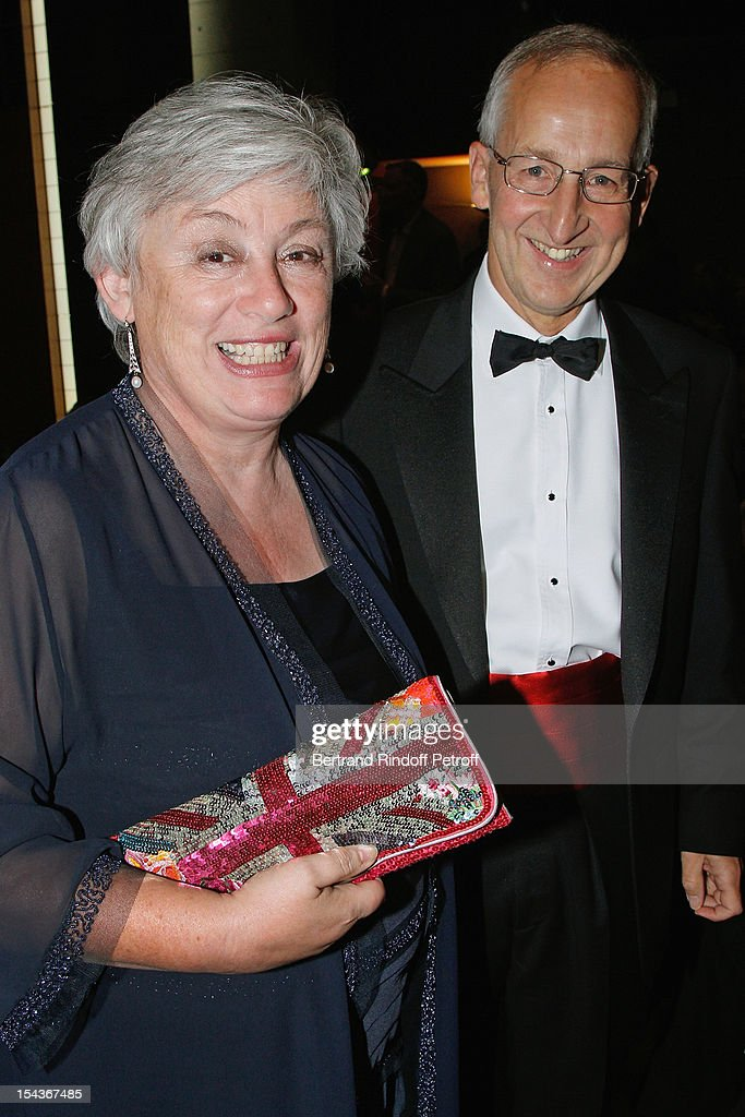 Sir Peter Ricketts (R), British Ambassador to France, and his wife Lady Suzanne Ricketts attend AROP Gala Dinner on October 18, 2012 in Paris, France.