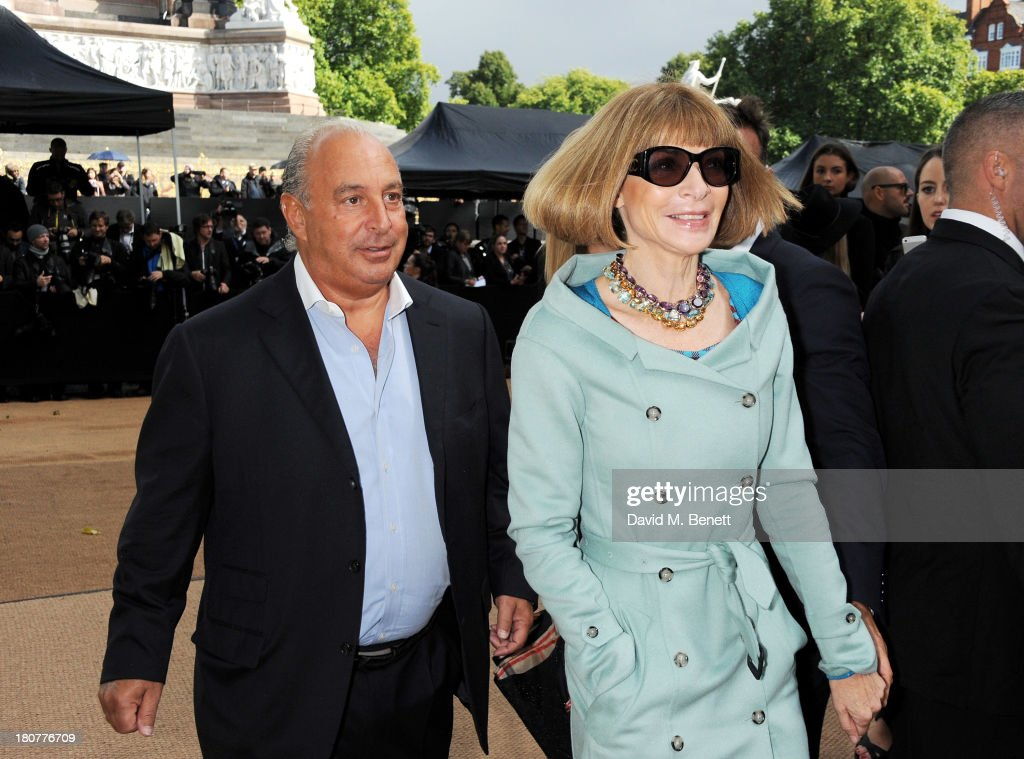 Sir <a gi-track='captionPersonalityLinkClicked' href=/galleries/search?phrase=Philip+Green+-+British+Businessman&family=editorial&specificpeople=220418 ng-click='$event.stopPropagation()'>Philip Green</a> (L to R) and <a gi-track='captionPersonalityLinkClicked' href=/galleries/search?phrase=Anna+Wintour&family=editorial&specificpeople=202210 ng-click='$event.stopPropagation()'>Anna Wintour</a> arrive at Burberry Prorsum Womenswear Spring/Summer 2014 show during London Fashion Week at Kensington Gardens on September 16, 2013 in London, England.