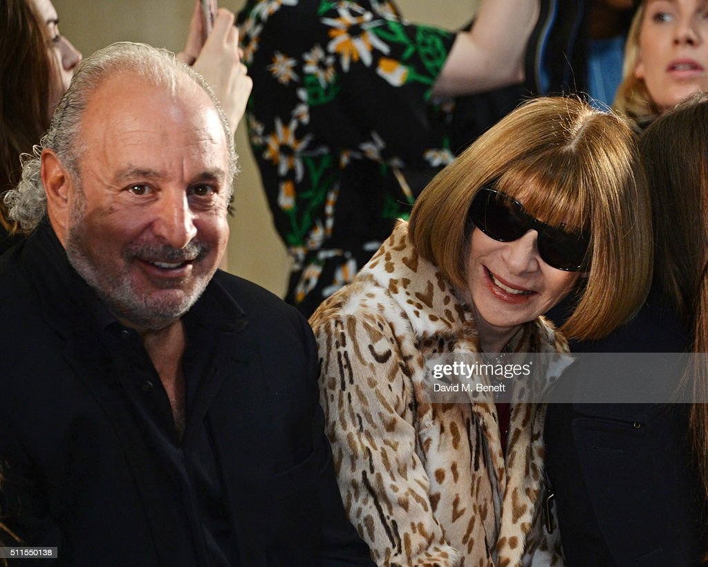 Sir Philip Green (L) and Anna Wintour attend the Topshop Unique at The Tate Britain on February 21, 2016 in London, England.