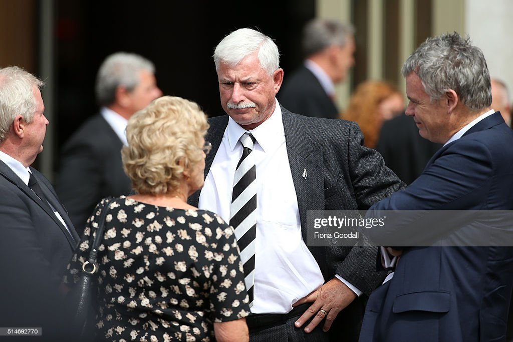 Martin Crowe Funeral Service
