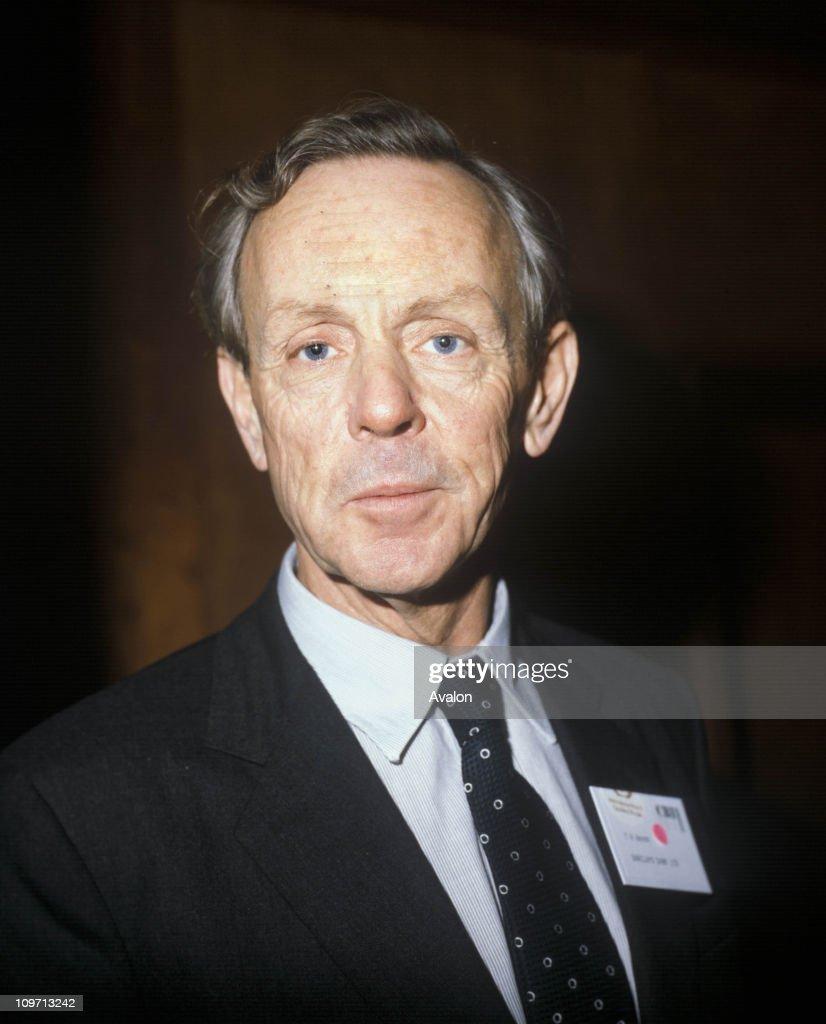 Sir TIMOTHY HUGH BEVAN Deputy Chairman Barclays Bank Group 01 11 1981