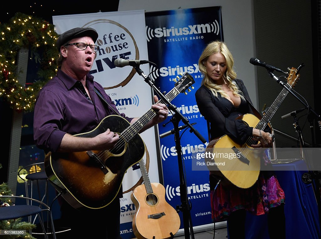 SiriusXM Acoustic Christmas With Jewel And Shawn Mullins at SiriusXM Music City Theatre on December 14 2015 in Nashville Tennessee