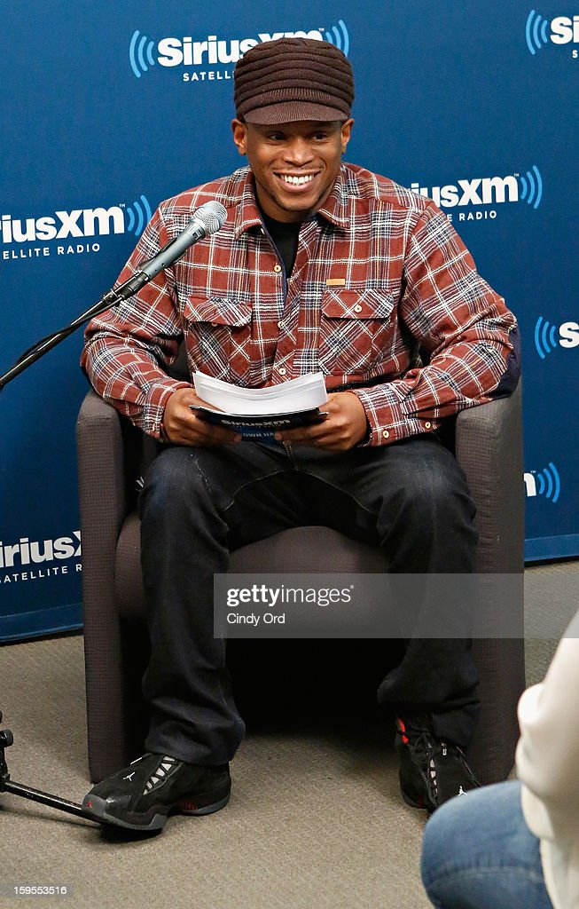 SiriusXM host Sway Calloway interviews actor/ comedian Kevin Hart at 'SiriusXM's Town Hall with Kevin Hart' moderated by Sway Calloway on Raw Dog Comedy at the SiriusXM studios on January 15, 2013 in New York City.
