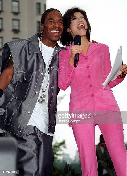 Sisqo and host Julie Chen during Sisqo Performs on the CBS's 'The Early Show' June 21 2001 at CBS Studios in New York City New York United States