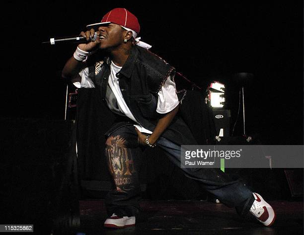 Sisqo of Dru Hill during Dru Hill at the Fox Theater in Detroit at Fox Theater in Detroit Michigan United States