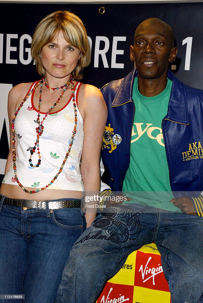 """Faithless Signs Copies of their New Single """"I Want More"""" - August 23, 2004"""