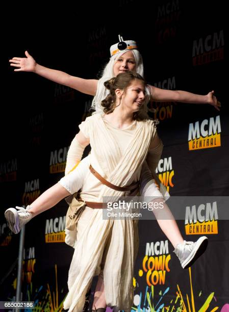 A sister coslay team perform at the end of day 1 as Rey and BB8 during the MCM Birmingham Comic Con at NEC Arena on March 18 2017 in Birmingham...