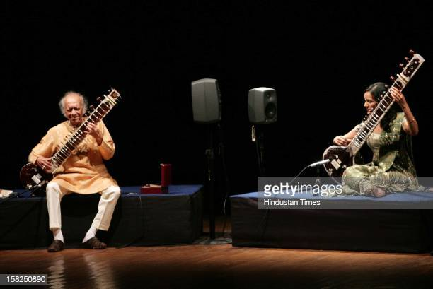 Sitar maestro Pandit Ravi Shankar with daughter Anoushka Shankar performing on March 01 2009 in New Delhi India Sitar maestro and Bharat Ratna Pandit...