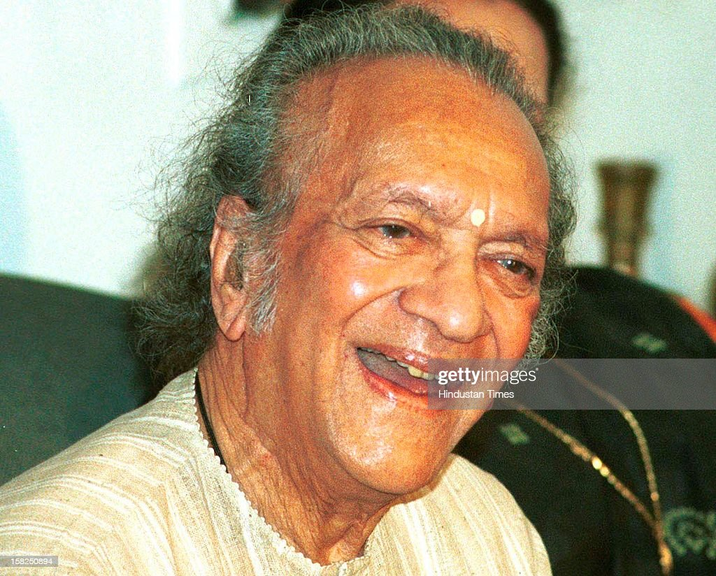 Sitar maestro <a gi-track='captionPersonalityLinkClicked' href=/galleries/search?phrase=Ravi+Shankar+-+Musician&family=editorial&specificpeople=220396 ng-click='$event.stopPropagation()'>Ravi Shankar</a> at a Press Conference on February 20, 2002 in Kolkata, India. Sitar maestro and Bharat Ratna Pandit <a gi-track='captionPersonalityLinkClicked' href=/galleries/search?phrase=Ravi+Shankar+-+Musician&family=editorial&specificpeople=220396 ng-click='$event.stopPropagation()'>Ravi Shankar</a> passed away at age of 92 in San Diego on December 11, 2012.
