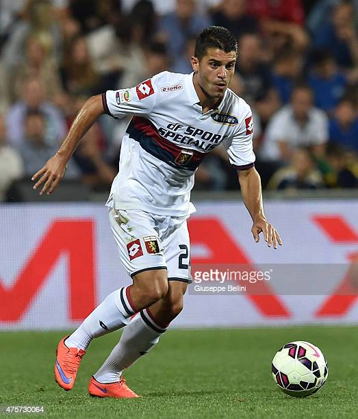 Siva Iago Falque of Genoa in action during the Serie A match between US Sassuolo Calcio and Genoa CFC at Mapei Stadium on May 31 2015 in Reggio...
