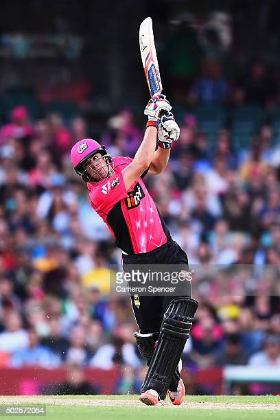 Sixers captain Moises Henriques bats during the Big Bash League match between the Sydney Sixers and the Melbourne Stars at Sydney Cricket Ground on...