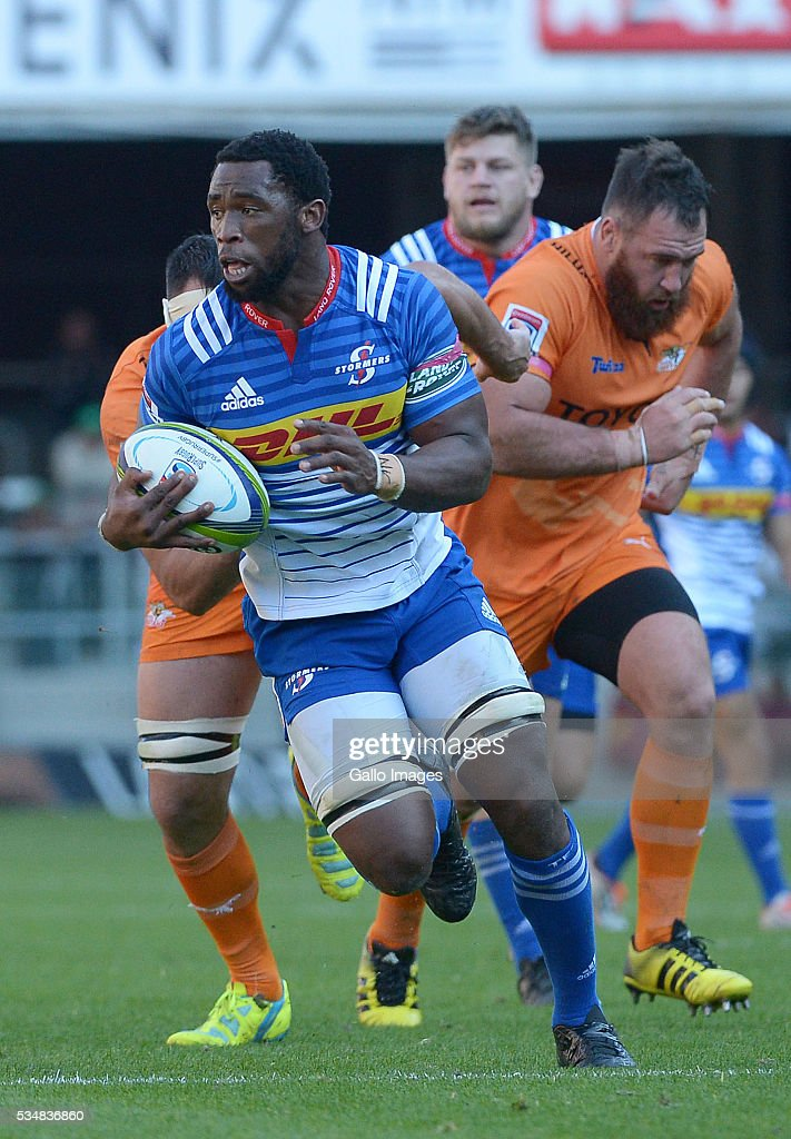 Siya Kolisi of the Stormers in action during the Super Rugby match between DHL Stormers and Toyota Cheetahs at DHL Newlands on May 28, 2016 in Cape Town, South Africa.