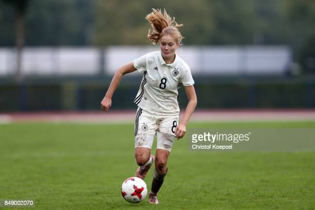 Sjoeke Nuesken of Germany runs with the ball during the UEFA Under19 Women's Euro Qualifier match between Germany and Iceland at Stadium Wedau III on...