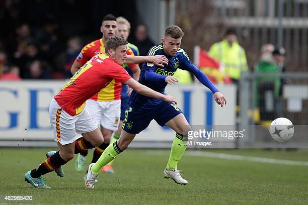 Sjoerd Overgoor of Go Ahead Eagles Daley Sinkgraven of Ajax during the Dutch Eredivisie match between Go Ahead Eagles and Ajax Amsterdam at The...