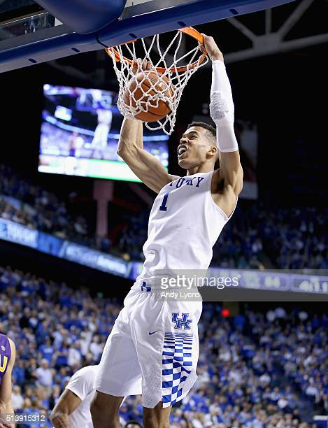 Skal Labissiere of the Kentucky Wildcats dunks the ball in the game against the LSU Tigers at Rupp Arena on March 5 2016 in Lexington Kentucky