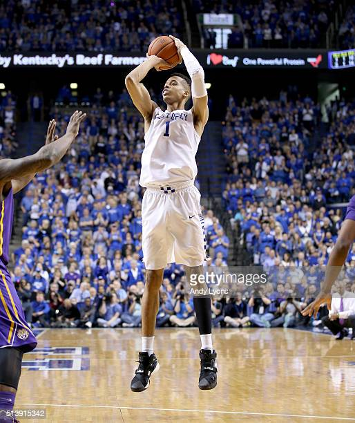 Skal Labissiere of the Kentucky Wildcats shoots the ball in the game against the LSU Tigers at Rupp Arena on March 5 2016 in Lexington Kentucky