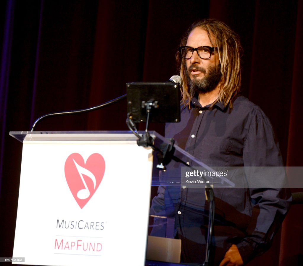 Skateboarder <a gi-track='captionPersonalityLinkClicked' href=/galleries/search?phrase=Tony+Alva&family=editorial&specificpeople=238911 ng-click='$event.stopPropagation()'>Tony Alva</a> receives the From The Heart Award at the 9th Annual MusiCares MAP Fund Benefit Concert at Club Nokia on May 30, 2013 in Los Angeles, California.