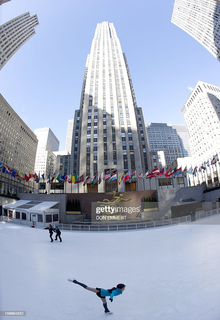 Skaters brave the cold temperatures at Rockefeller Center January 24, 2013 in New York as cold continues to grip the US northeast.