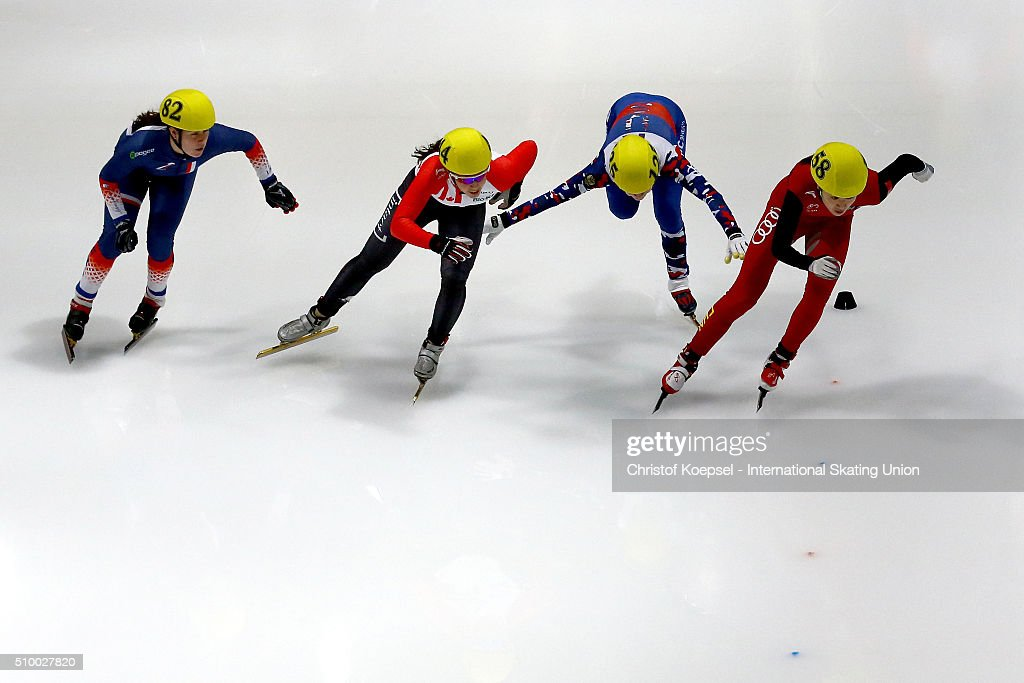 Skaters compete during ladies 3000m relay heat one during Day 2 of ISU Short Track World Cup at Sportboulevard on February 13, 2016 in Dordrecht, Netherlands.