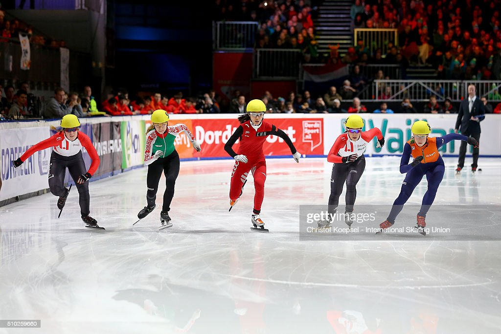 Skaters compete during the ladies 1000m semifinal second race heat one during Day 3 of ISU Short Track World Cup at Sportboulevard on February 14, 2016 in Dordrecht, Netherlands.