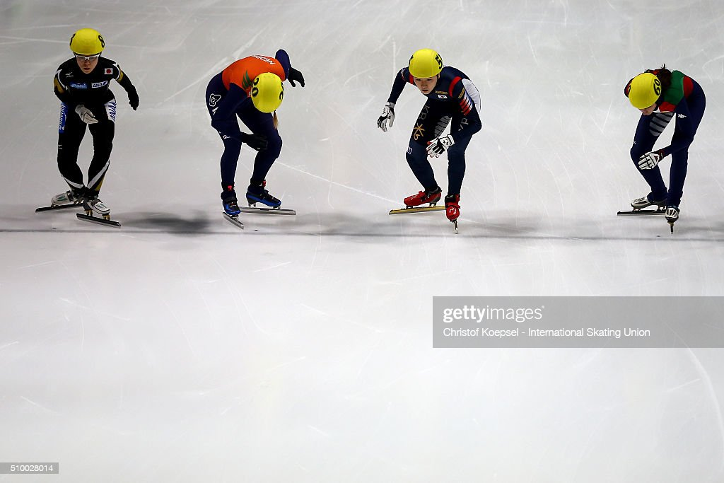 Skaters compete during the ladies 3000m relay semi-finals second heat during Day 2 of ISU Short Track World Cup at Sportboulevard on February 13, 2016 in Dordrecht, Netherlands.