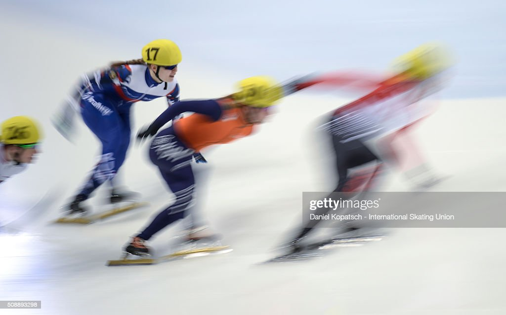 Skaters compete the Ladies 500 M Semifinal during day two of the ISU World Cup Short Track Speed Skating at EnergieVerbund Arena on February 7, 2016 in Dresden, Germany.