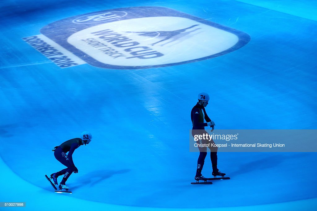 Skaters prepare prior to the men 5000m relay semi-final first heat during Day 2 of ISU Short Track World Cup at Sportboulevard on February 13, 2016 in Dordrecht, Netherlands.