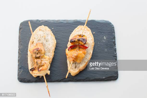 Skewer of chicken with pepper