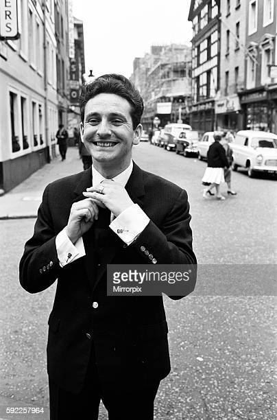 Skiffle King Lonnie Donegan might sing about his old man being a dustman But today experts decided that Lonnie himself was a very smart man He has...