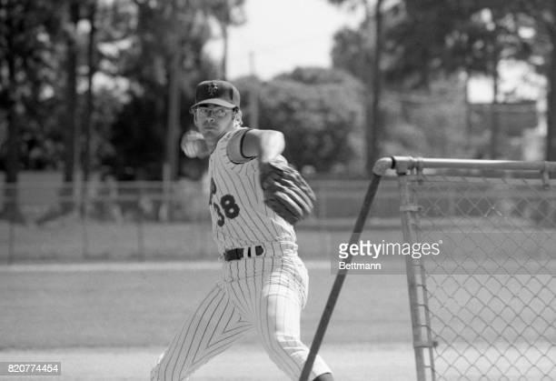 Skip Lockwood at Mets' pitching practice at training camp in St Petersburg Florida