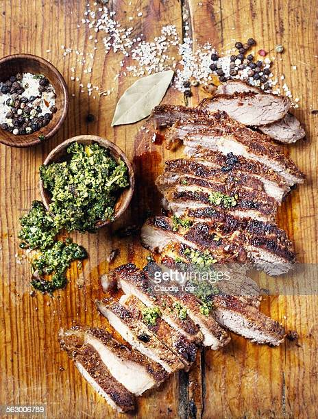 Bistecca di lombo foto e immagini stock getty images