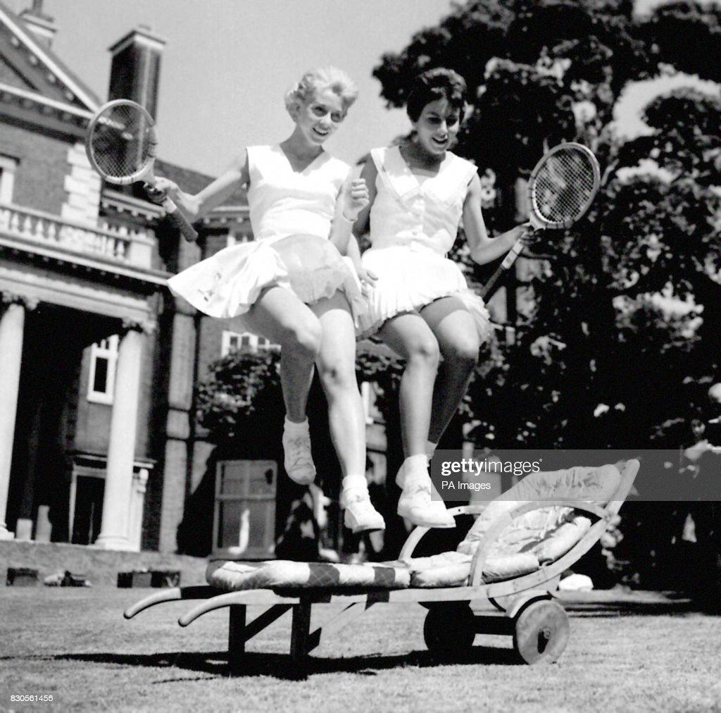 Lady Crosfield s Annual Lawn Tennis Exhibition Lea Pericoli and