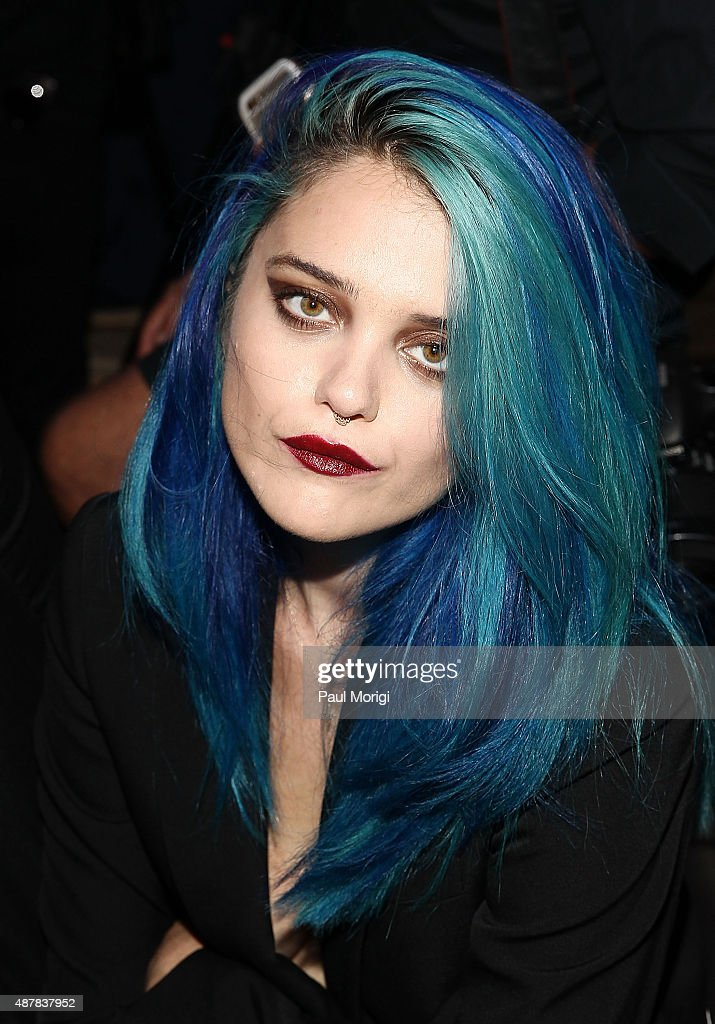 <a gi-track='captionPersonalityLinkClicked' href=/galleries/search?phrase=Sky+Ferreira&family=editorial&specificpeople=6740166 ng-click='$event.stopPropagation()'>Sky Ferreira</a> attends the Givenchy fashion show during Spring 2016 New York Fashion Week on September 11, 2015 in New York City.