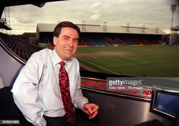 Sky Sports football presenter Richard Keys who presents his 500th live soccer broadcast when Arsenal play Liverpool tomorrow See PA Story SHOWBIZ...