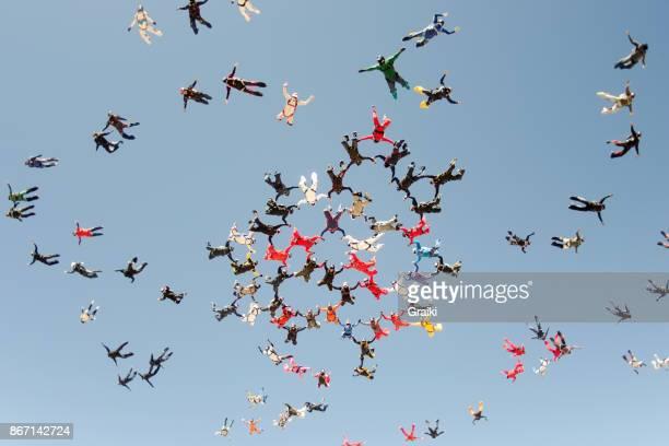 Skydiving big group take off