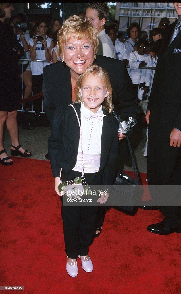 Skye McCole Bartusiak Mom Helen during 'The Patriot' Los Angeles Premiere at Cineplex Odeon Century Plaza Cinema in Century City California United...