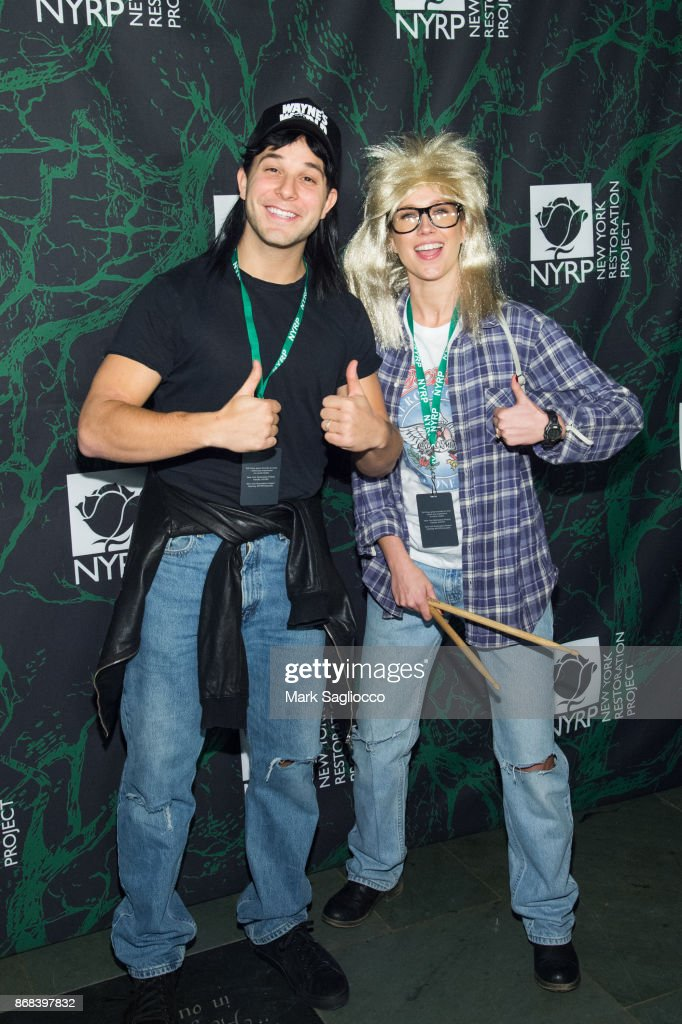 Skylar Astin (L) and Anna Camp attend the Bette Midler's 2017 Hulaween Event Benefiting The New York Restoration Project at Cathedral of St. John the Divine on October 30, 2017 in New York City.