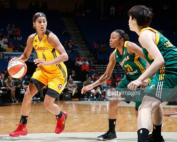 Skylar Diggins of the Tulsa Shock handles the ball against the Seattle Storm on June 28 2015 at the BOK Center in Tulsa Oklahoma NOTE TO USER User...