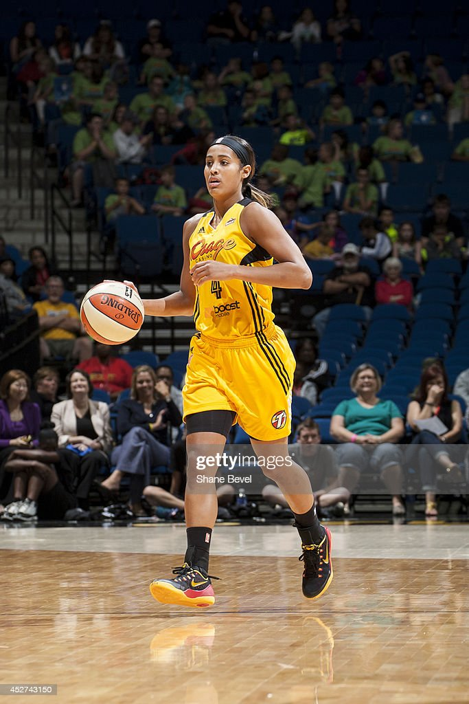 Skylar Diggins #4 of the Tulsa Shock moves the ball up-court against the San Antonio Stars during the WNBA game on July 17, 2014 at the BOK Center in Tulsa, Oklahoma.
