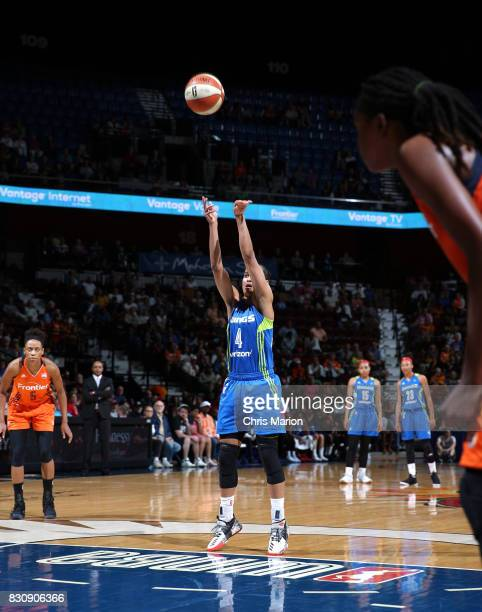 Skylar DigginsSmith of the Dallas Wings shoots a free throw against the Connecticut Sun on August 12 2017 at Mohegan Sun Arena in Uncasville CT NOTE...