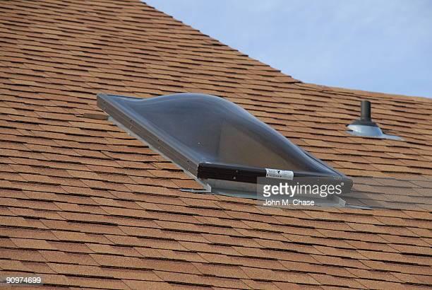 Lucarnes et nouveaux sur le toit