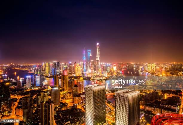 Skyline nacht zicht op Pudong New Area, Shanghai